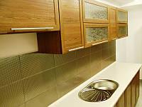 Кухня натуральная с пленочными фасадами МДФ
