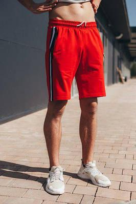 Мужские красные трикотажные шорты с лампасом полосой