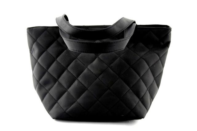 Косметичка большая стеганая черного цвета