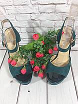 Босоножки замшевые на толстом устойчивом каблуке зеленого цвета открыты носок и пятка Код 1595, фото 2