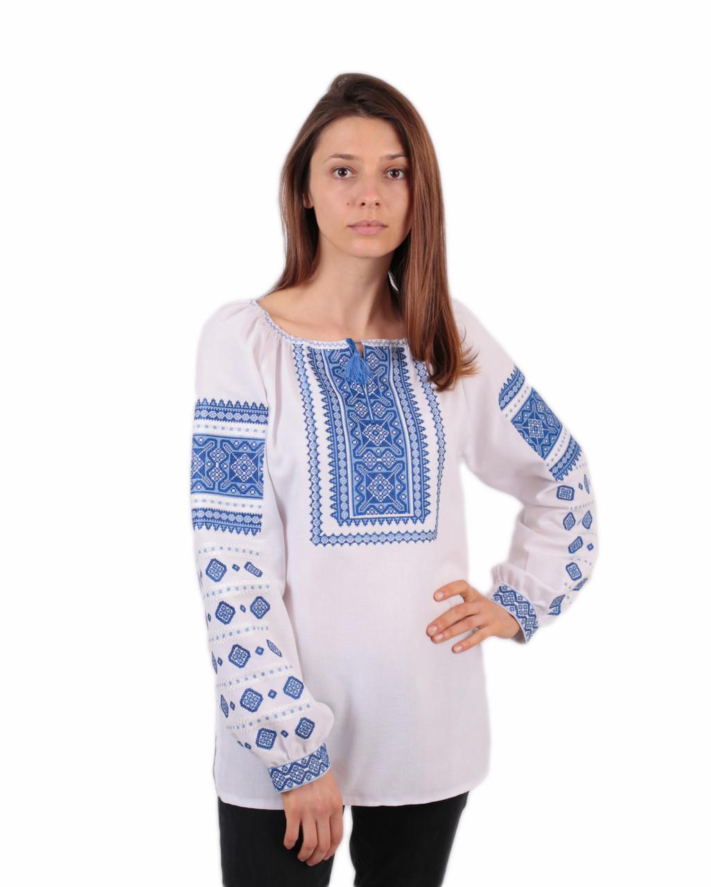 Жіноча вишиванка з голубим орнаментом з машинною вишивкою недорого