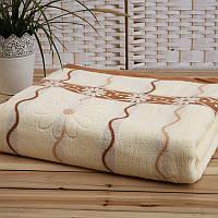 Покрывало на кровать евро размера East Comfort молочного цвета