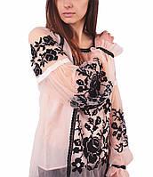 Олигінальна жіноча вишиванка рожевого кольору з машинною чорною вишивкою