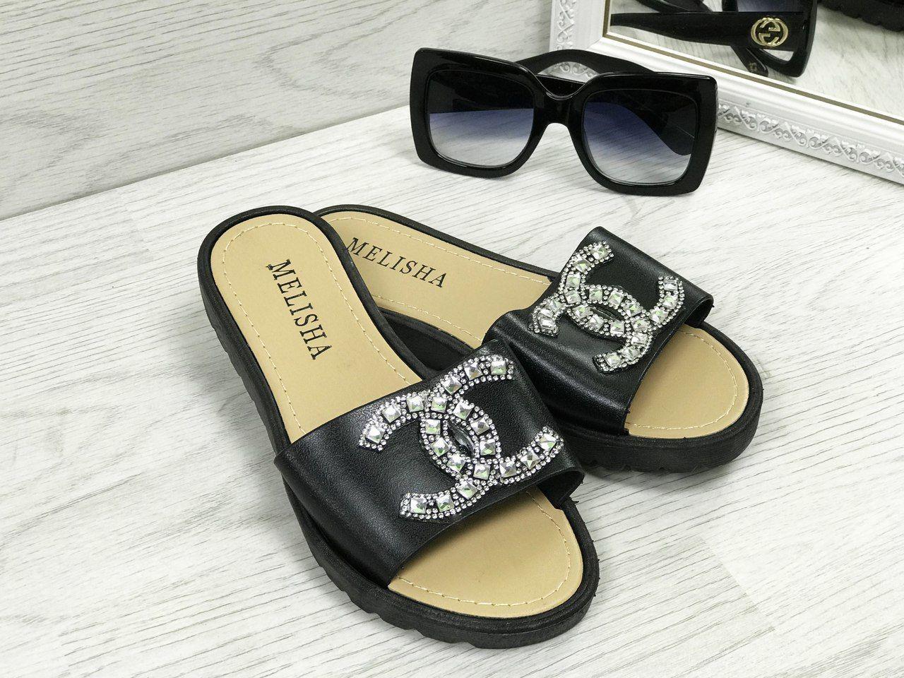 fa2f5f6e150a Женские силиконовые шлепки в стиле Шанель , черные , со стразами - Интернет  - супермаркет «