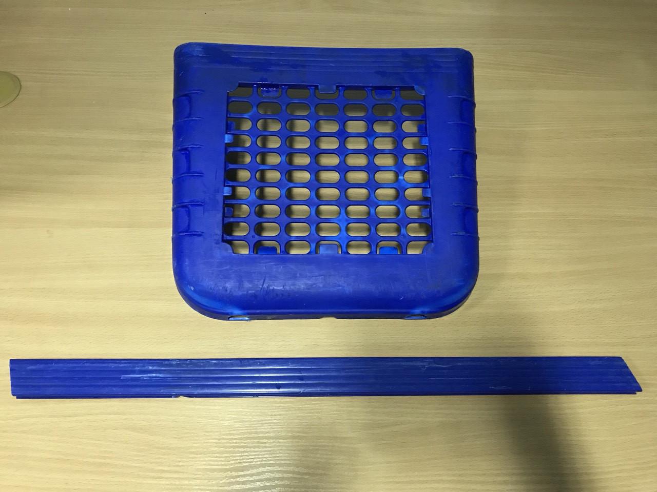 Протекторы пластиковые на покупательские тележки б/у Wanzl P130