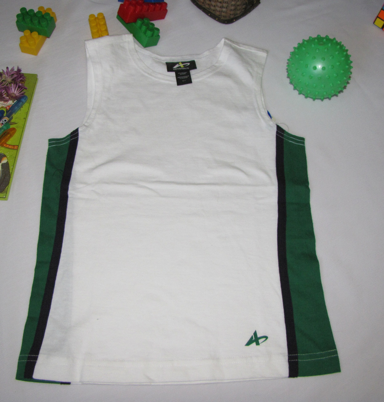 Спортивная майка Athletech рост 116 см белая+зеленая 07088