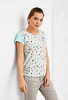 Легкая футболка с принтом