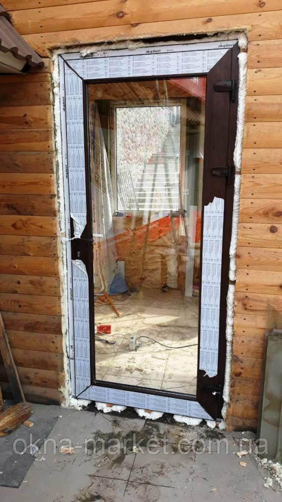 Пластиковые двери входные (ламинированные)