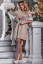 Красивое платье средней длины свободное с поясом кружева светлый кофе, фото 2
