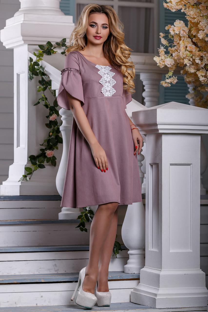 Летнее платье с кружевами свободного кроя миди рукав короткий розово коричневое