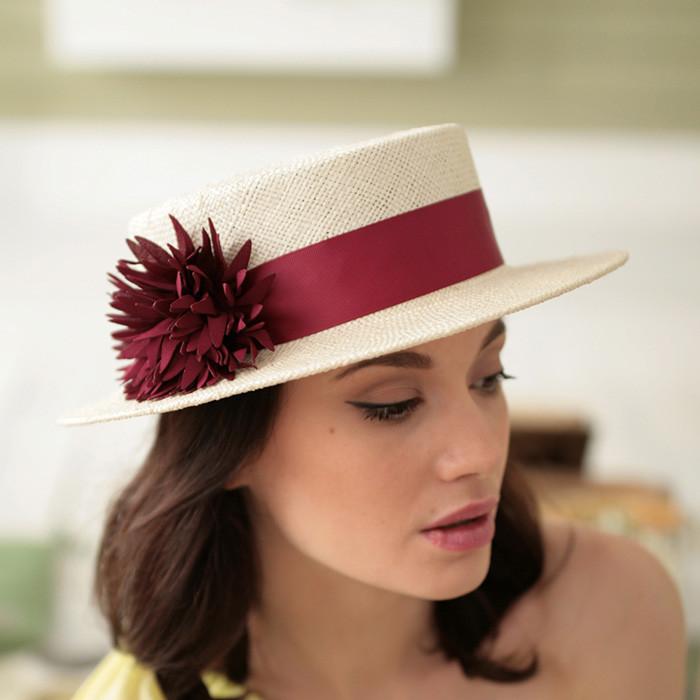 Белая шляпа  Канотье из натуральной соломки  поля 7 см размер 55-59 см