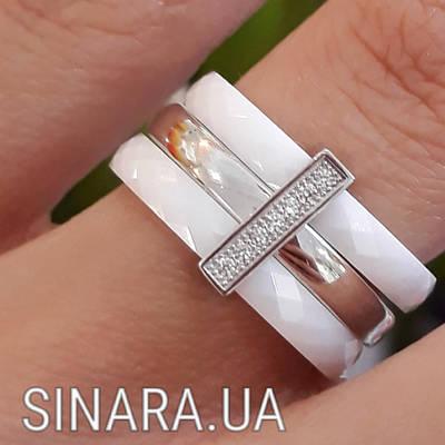 Серебряное кольцо с белой керамикой и цирконием