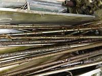 винт подъема консоли фрезерных станков моделей 6Р12, 6Р13, ВМ 127, 6Р82, 6Р83, 6М13П, 6М12, 6М82
