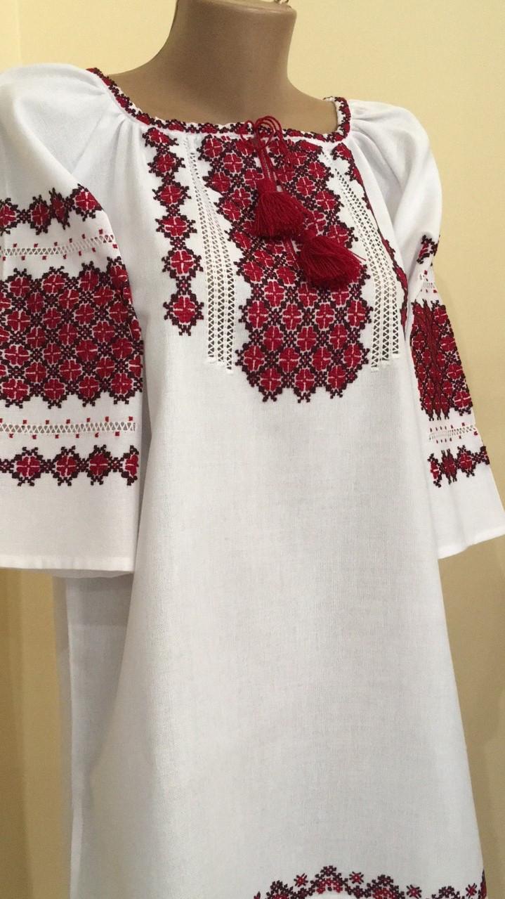 Вишиванка жіноча біла ручна робота вишивка хрестиком 50-52 розмір ... 32b017e24eaed