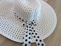 Пляжная женская шляпка на лето