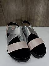 Женские босоножки розовые с серебристой вставкой на низком ходу , фото 2