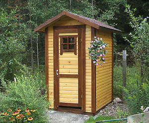 Деревянный туалет. Туалеты из дерева под заказ