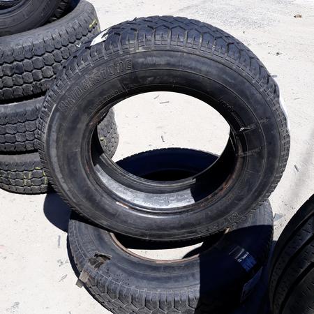 Бусовские шины б.у. / резина бу 195.75.r16с Bridgestone M723 Бриджстоун