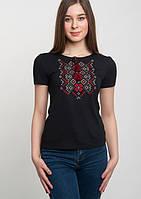Вышитая  футболка женская в украинком стиле