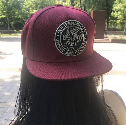 Бордовая  кепка с эмблемой и прямым козырьком Snapback, фото 2
