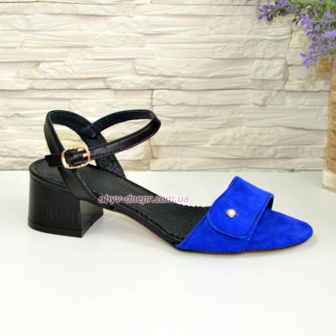 Босоножки женские на каблуке, цвет синий/черный