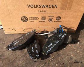 Колодки тормозные передние Volkswagen Golf 7 с 2014