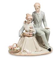 """Фарфоровая статуэтка """"Цветы для Любимой"""" Pavone JP-15/46"""
