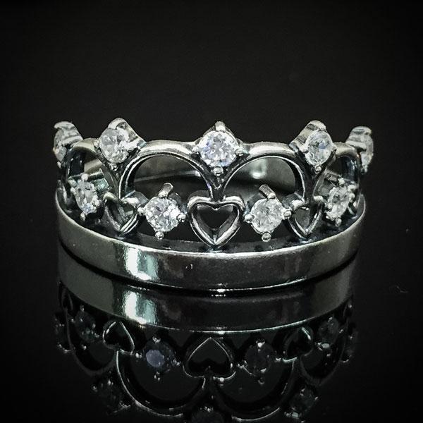 Серебряное кольцо Корона с камнями