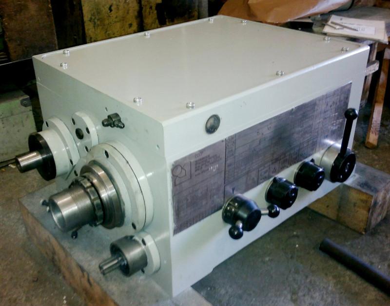 Передняя бабка токарного станка 1М63