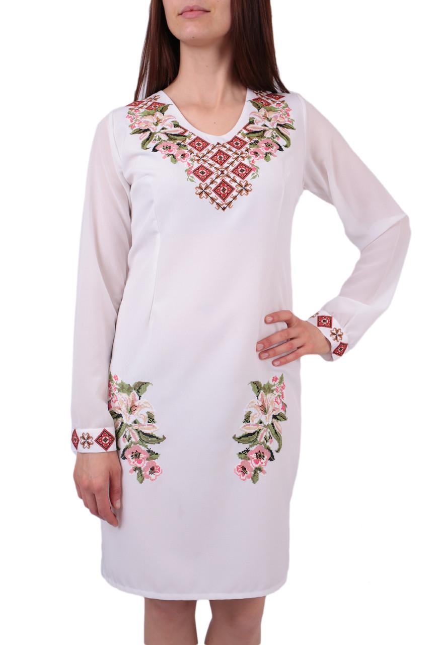 Вишите плаття на габардині білого кольору з машинною вишивкою