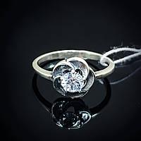Изящное кольцо Цветочек с фианитом