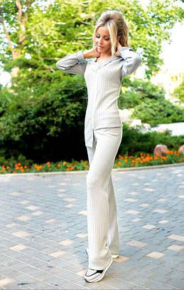 Стильный костюм асимметричного кроя