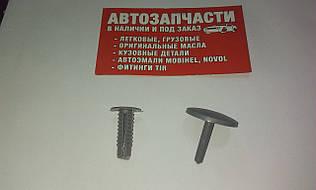 Клипса обшивки с пистоном Д=7.5 серая