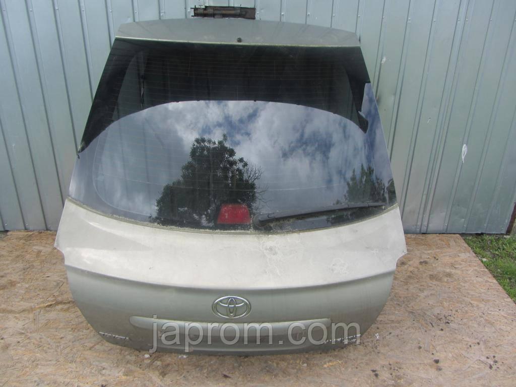 Крышка багажника со стеклом TOYOTA AVENSIS HATCHBACK,T 25 2003-2008г.в. Серая