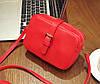 Женская маленькая сумочка на молнии из экокожи красная