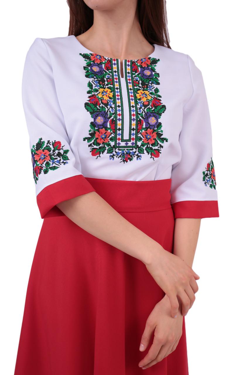 8d69a80c1307f6 Вишите довге плаття на габардині біло-червоного кольору з машинною вишивкою,  фото 2