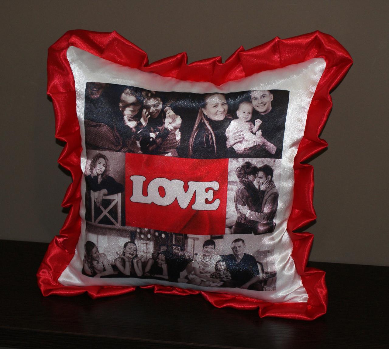 Подушка с  красными рюшками 6 фото