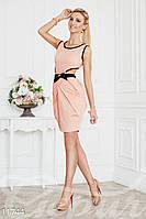 Платье с разрезом на юбке и вырезами на спине