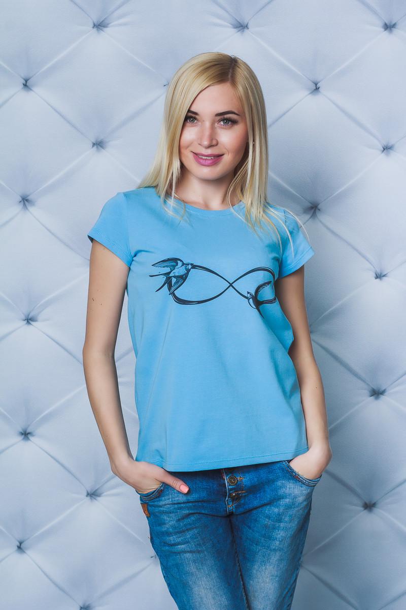 Женская футболка с печатью голубая