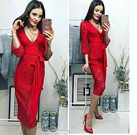 Женское красное платье норма