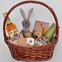 Подарочный набор в корзине. Ром, шоколад, игрушка (мужчине, директору, врачу, другу). Оригинальный подарок.