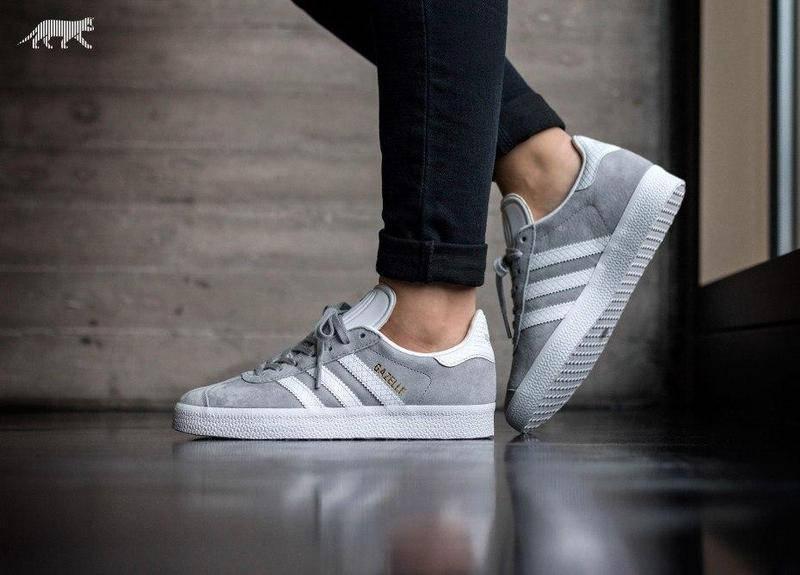 Женские кроссовки Adidas gazelle цвет серый (реплика)
