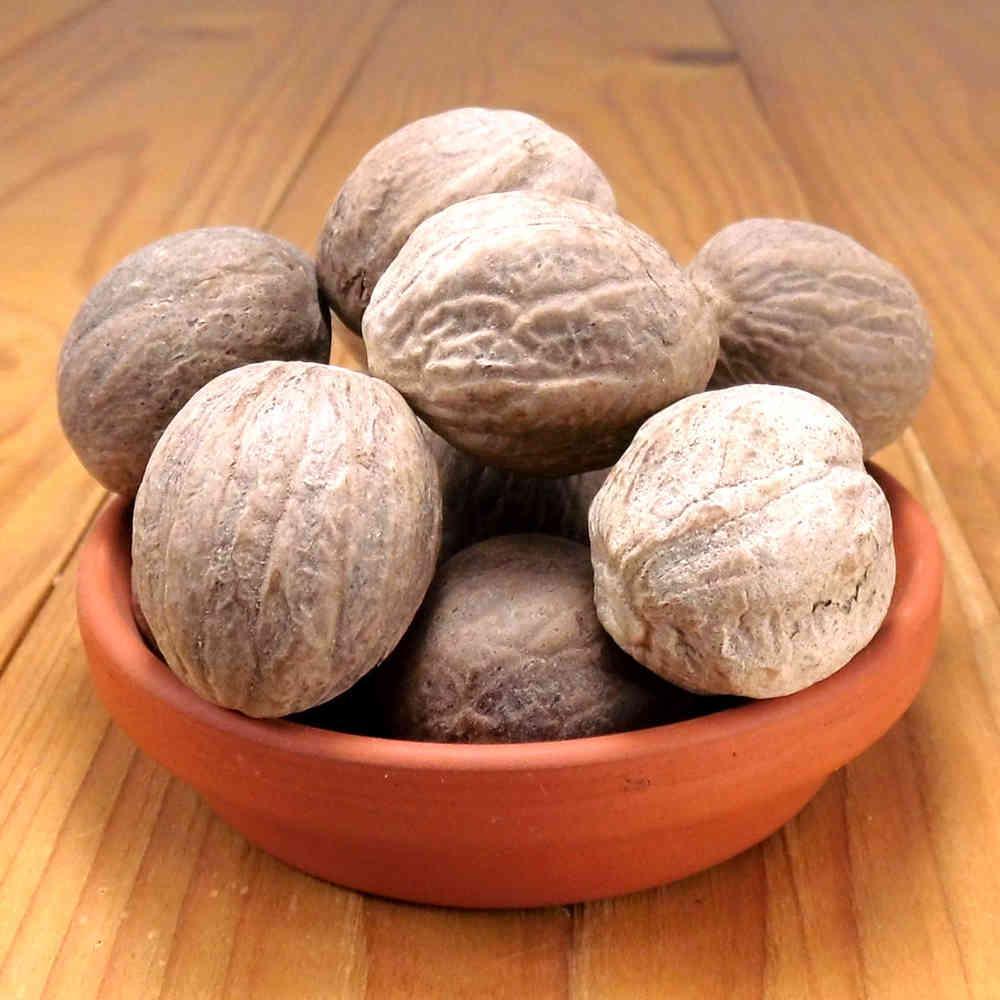Мускатний горіх великий, 1 шт., 6-7 грамів