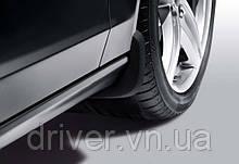 Бризковики Audi A1, оригінальні передні \ 2 шт