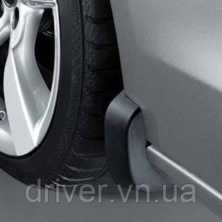Бризковики Audi A5, оригінальні передні \ 2 шт