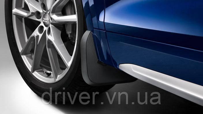 Бризковики Audi Q7 S-line (15-), оригінальні передні \ 2 шт