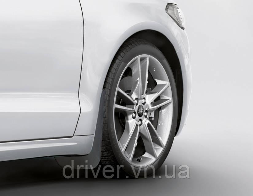 Бризковики Ford Mondeo 2014- оригінальні передні \ 2 шт