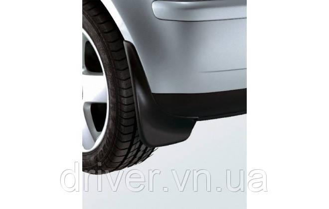 Бризковики Volkswagen  Polo 2002-2010 хетчбек, оригінальні задні \ 2 шт