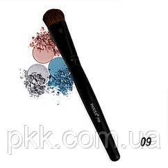 Кисть для макияжа для нанесения теней Parisa Cosmetics натуральная Р-09