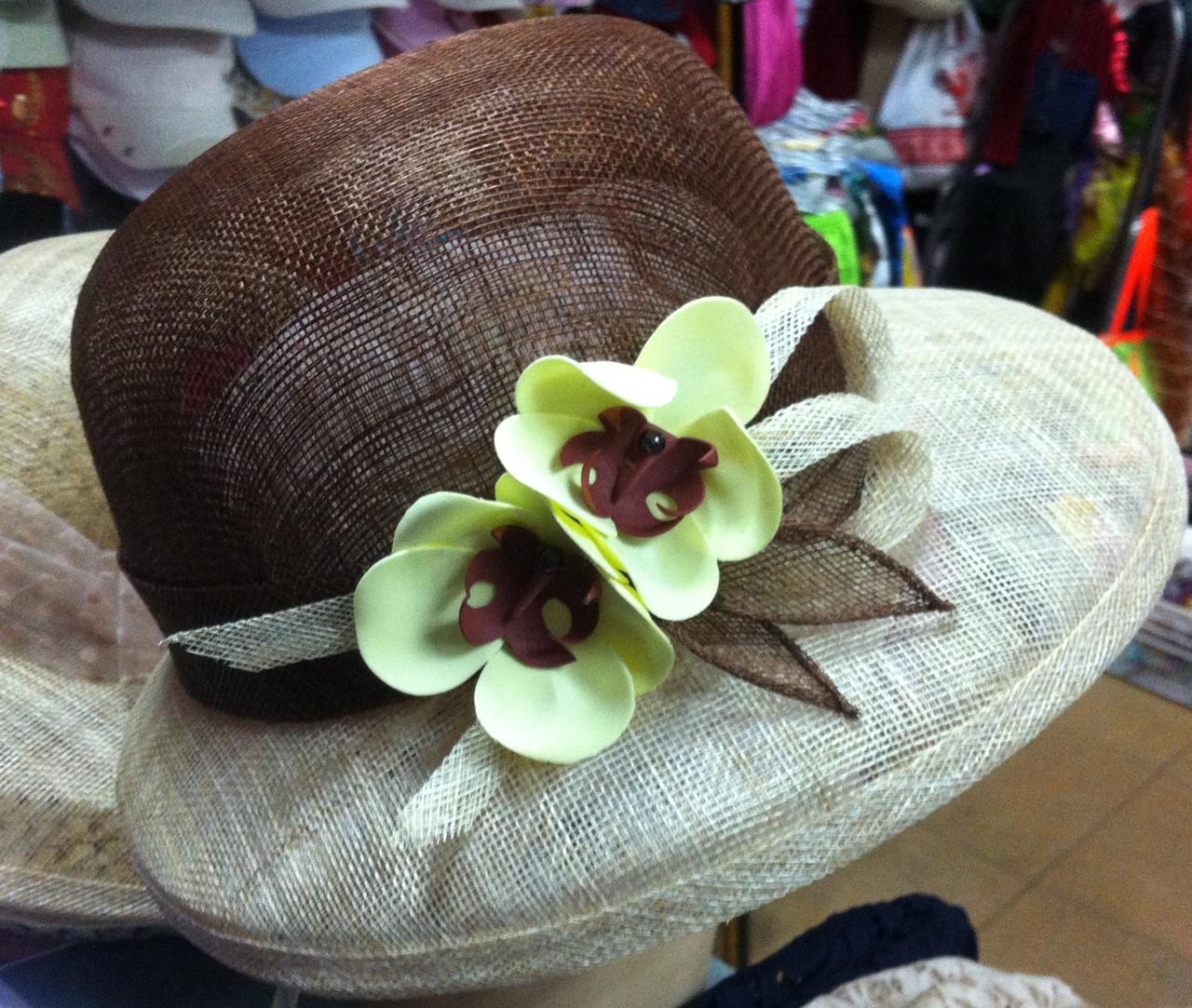 Жіноча капелюх на літо з натуральної соломки синамей